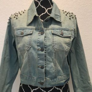 Jackets & Blazers - NWT Spiked Shoulder Cropped Denim Jacket